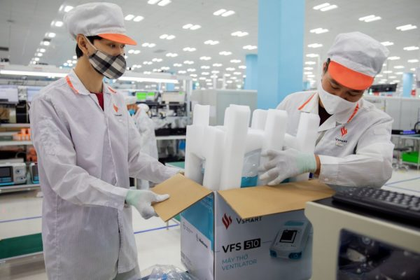 Vingroup sản xuất linh kiện máy thở cho Medtronic, đáp ứng quy chuẩn quốc tế khắt khe