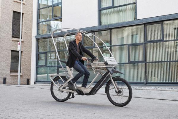 AllWeatherBike: Xe đạp điện tích hợp mái che mưa