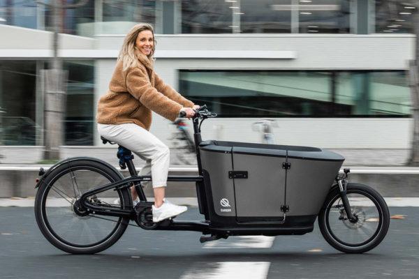Carqon Classic: Xe đạp điện chở hàng gia đình và có thể chở trẻ em