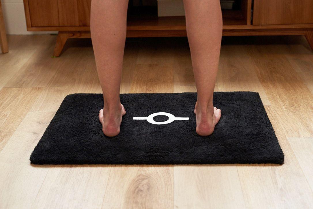 BBalance : Tấm thảm chùi chân thông minh phân tích toàn bộ dữ liệu sức khỏe của người dùng