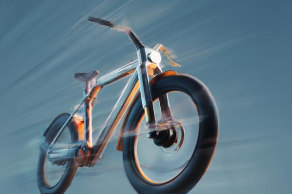 """VanMoof V : """"Siêu xe đạp"""" với tốc độ 50km/h hứa hẹn sẽ thay thế xe máy trong tương lai"""